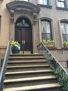 Perry St. 66 (słynne drzwi Carrie)